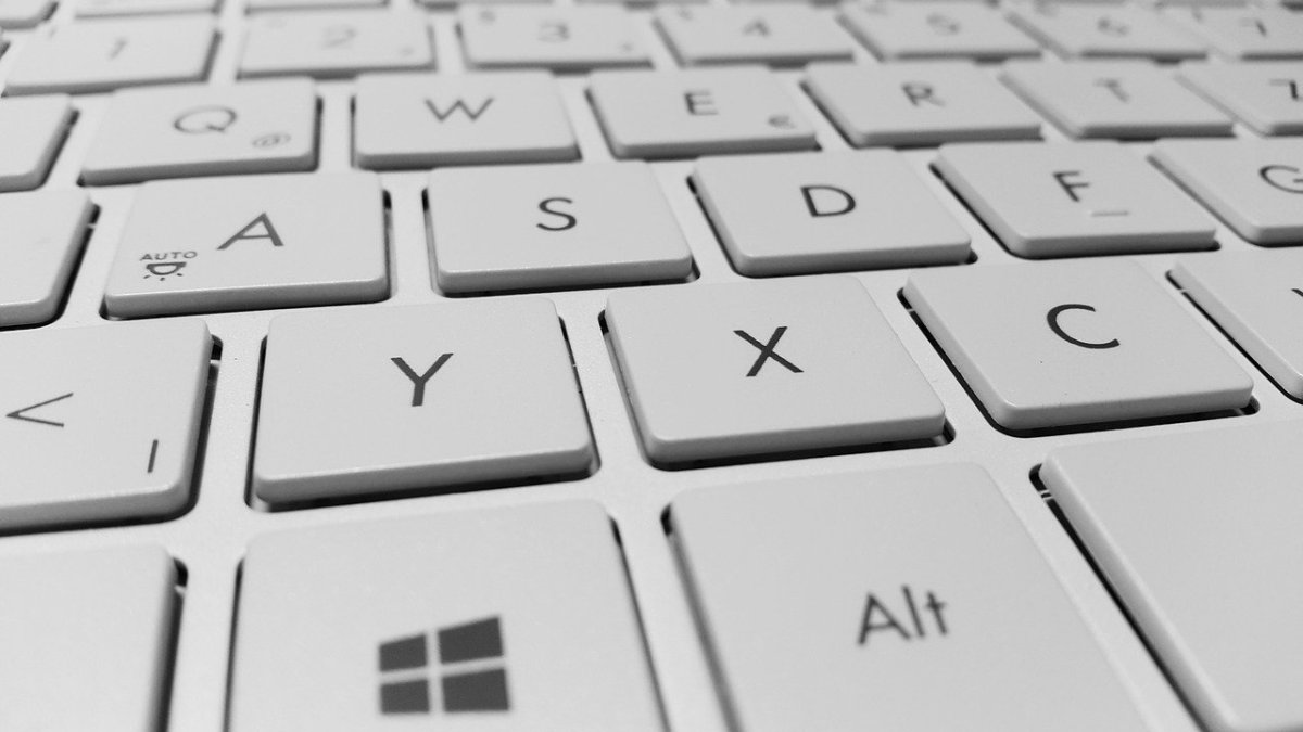 Picture of a computer keyboard
